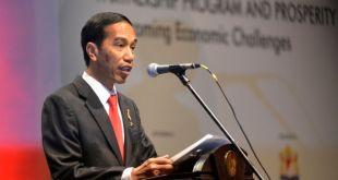 Berdasarkan hasil survey Saiful Mujani Research and Consulting (SMRC) , kondisi perekonomian Indonesia di bawah pemerintahan Jokowi makin memburuk. (metrotvnews.com)