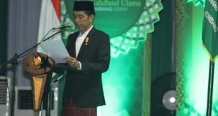 Presiden Jokowi memberikan sambutan dalam pembukaan Muktamar ke-33 NU di Jombang, Jawa Timur, Sabtu (1/8/2015). (muktamarnu.com/anam/MNU)