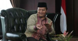 Wakil Ketua Majelis Syuro PKS Hidayat Nur Wahid (HNW) (viva.co.id)
