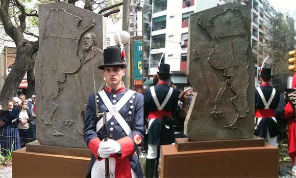 Monumento-a-la-memoria-de-Jose-Hernandez
