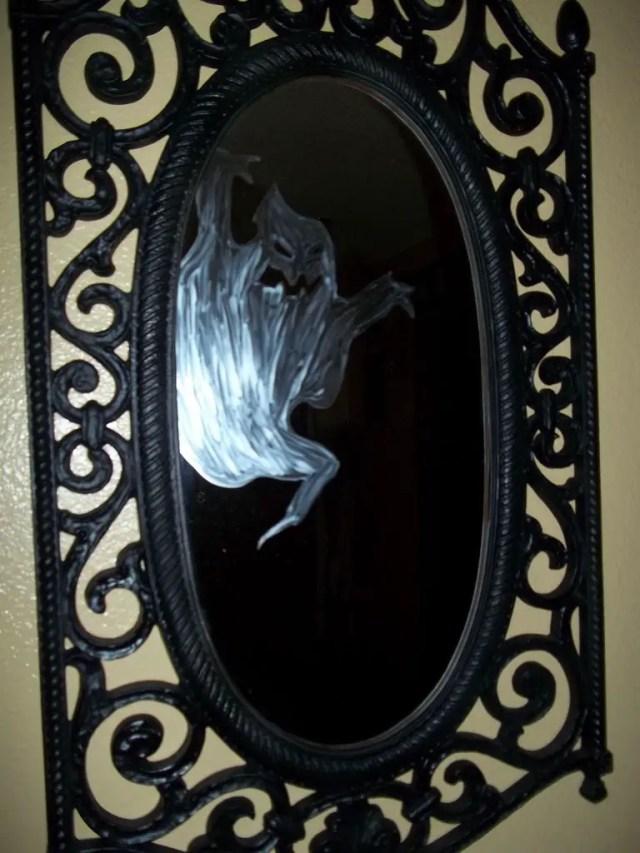 fantasmaenelespejo