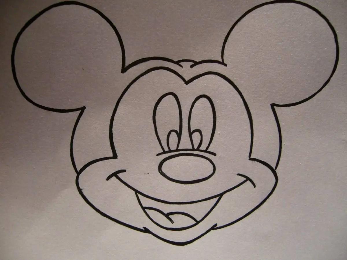 Cómo dibujar la cara de Mickey Mouse - Dale Detalles
