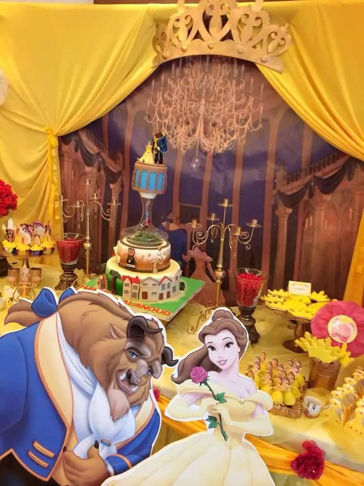 Mesa temática la bella y la bestia | Mesas de dulces