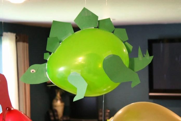 globo dinosaurio7