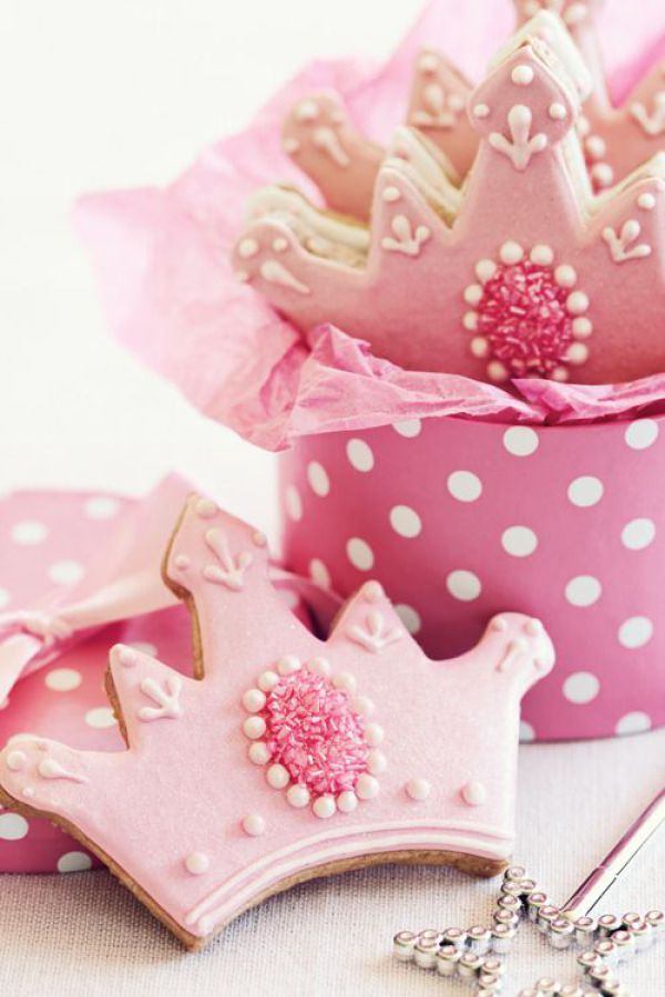 Tiara cookies for a princess party