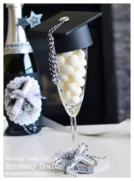 Copas decoradas para graduaci n dale detalles for Decoracion grado universidad