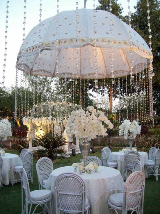 decora tu evento con sombrillas