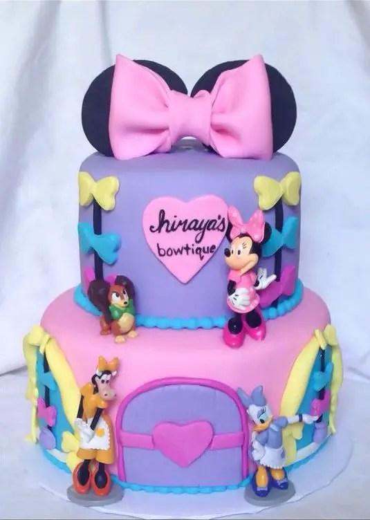 Minnie Mouse Y Daisy Dale Detalles