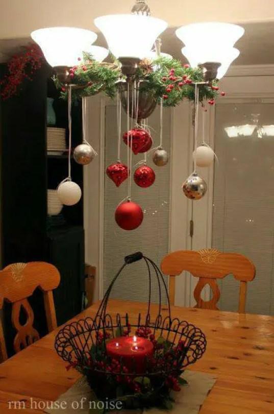 decorar-lamparas-de-techo-en-navidad