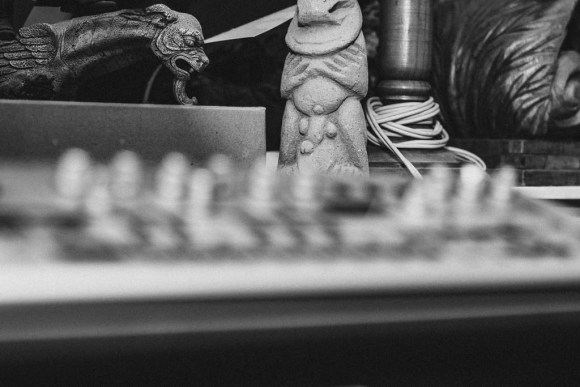 Synths with statues in background
