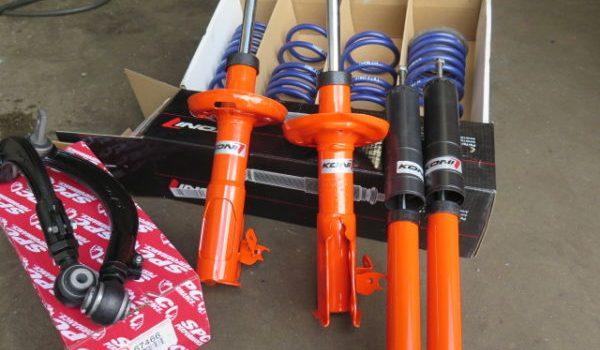 Honda Civic in for a KONI Sport Suspension Kit