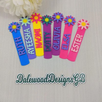 Flower bookmarks in various colours