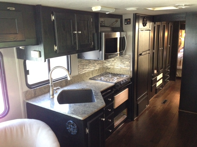 kitchen remodel dallas build table renuvation we are committed to making the remodeling process easy fun and engaging