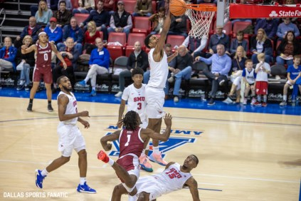 SMU forward Feron Hunt swats a shot from Temple guard Quinton Rose out of the air during the first half of the game on January 18, 2020, at Moody Coliseum in Dallas, Tx. (Photo by Joseph Barringhaus/Dallas Sports Fanatic)