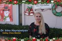 Доктор Ирина Айрапетян (Irina Hayrapetyan) из Valley View Dental поздравляет русскоязычный Даллас с наступающими праздниками, желая — удачи, успеха, исполнения желаний, добра, безопасности и здоровья. Русский стоматолог в Далласе, Русский дантист Даллас, Ирина Айрапетян, Irina Hayrapetyan, Valley View Dental,