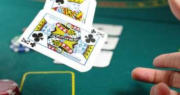 zivot s hazardom