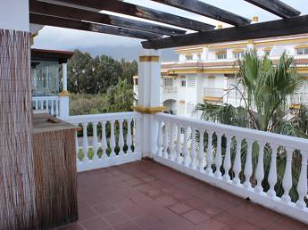 2 bedroom middle floor apartment – 230,000 euros