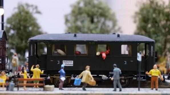 Makieta z lokomotywą Tuwima! :-)