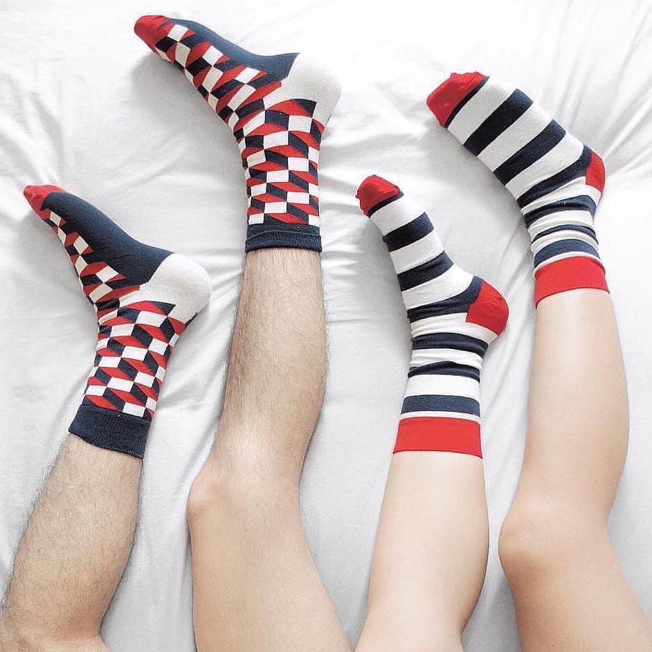 Κάλτσες με σχέδια τύπου happy socks