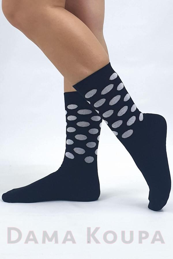 Μαύρες γυναικείες κάλτσες