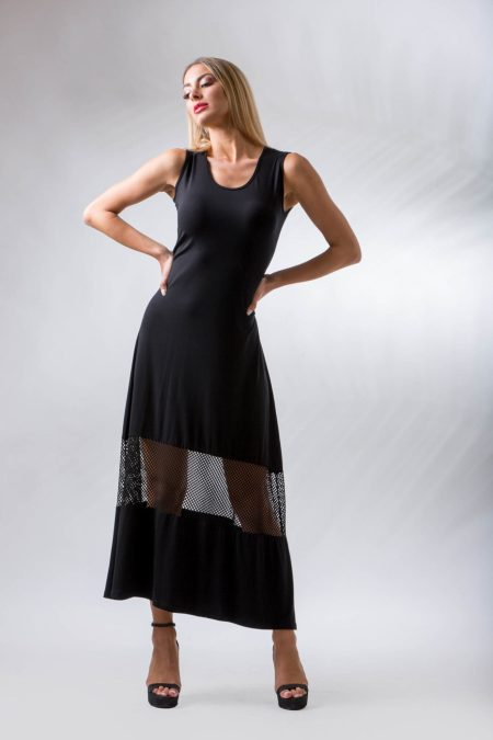 Μακρύ μαύρο φόρεμα με διαφάνεια