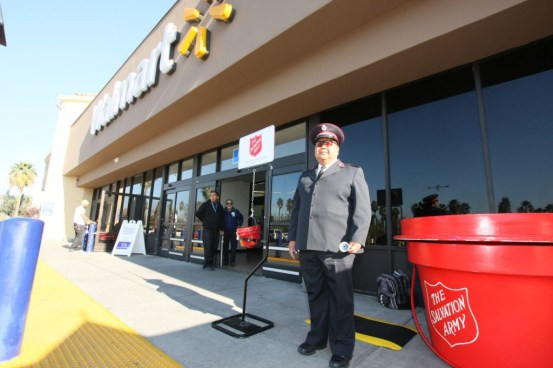 Salvation Army Major Butch Soriano just set a new world record for the longest continuous hand bell-ringing by an individual but fell $7,000 short of his $10,000 goal.