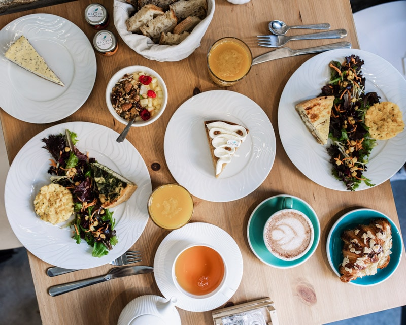 kaova cafe brunch lovers lyon flatlay