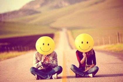 world smile day couple
