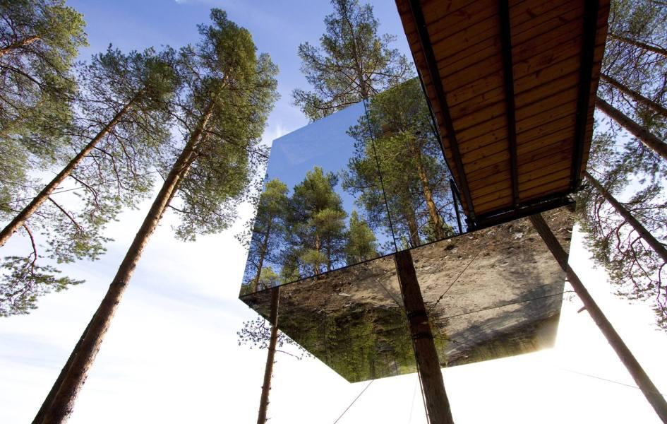 Mirror Cube, The Tree Hotel, Sweeden