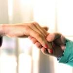 Bune maniere | Sărutarea mâinii
