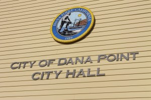 The Dana Point seal at City Hall reflects the city's 1989 incorporation. Photo by Andrea Papagianis