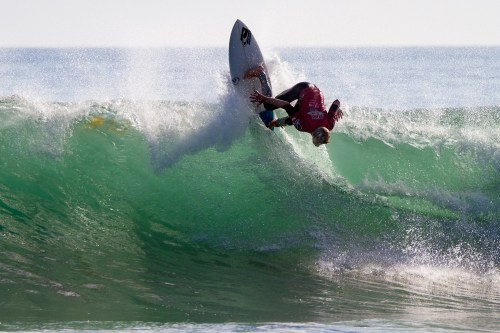 Colt Ward of San Clemente took a commanding win in Boys U18 at Surfing America Prime event No. 2, Oct. 4 at Church Beach. Photo: Jack McDaniel