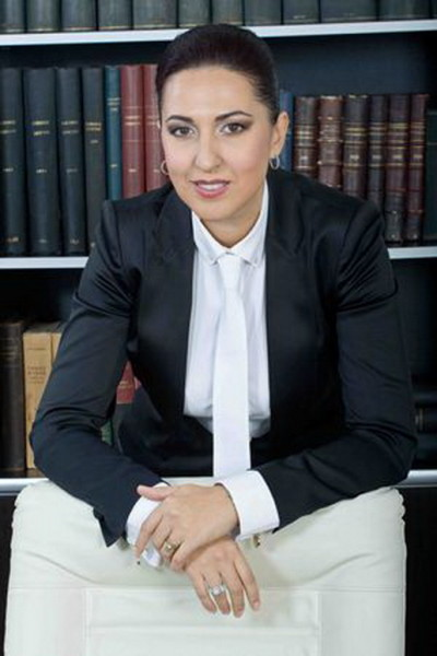 avocat Simona Milos