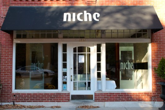 NicheThis used to be one of the best restaurants in Benton Park (and arguably St. Louis) but unfortunately they moved out to Clayton. I hope another great restaurant will rise up in this central location.