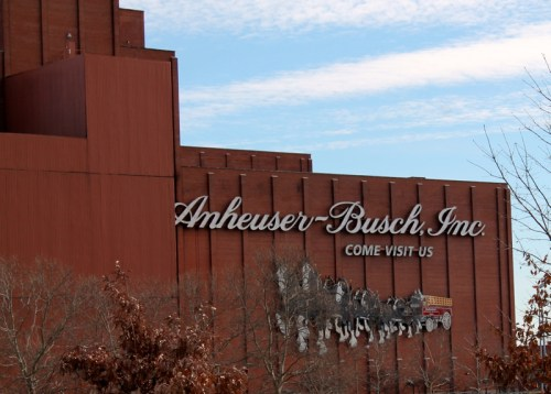 Anheuser-BuschJust across the 55 bridge from Benton Park. Drop by for a tour. Anheuser Busch Website