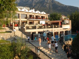 Line Dancing in Turkey at the 4* Orka Hotel