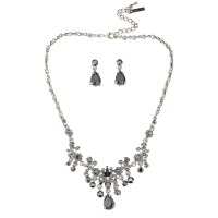 Swarovski Crystal Black Crystal Drop Vintage Necklace ...