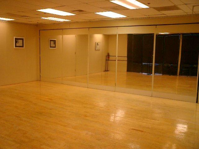 Commercial room rental north San Diego CA Encinitas