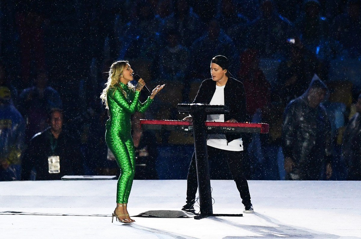 Relive Kygo's Performance at the Rio 2016 Closing Ceremony