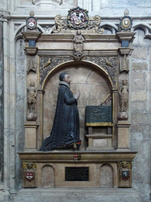 Late 16th century monument in York Minster showing the deceased man at his prayers © Allan Harris
