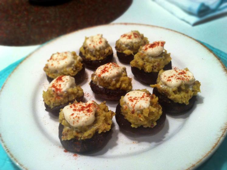 Healthy Superfood Stuffed Mushrooms