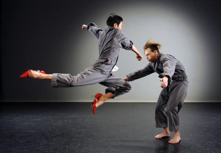 dumb instrument Dance | Ziyian Kwan