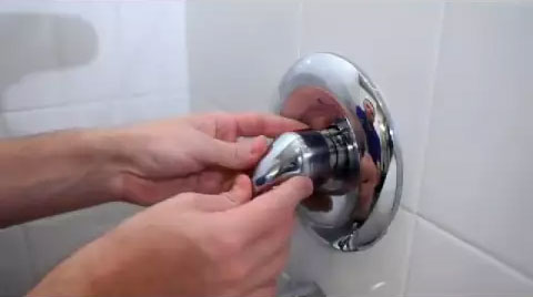 single handle kitchen faucet repair diy pull out shelves how to fix a leaky tub/shower - danco