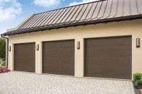 Wayne Dalton 8500 Colonial / Ranch - D and D Garage Doors