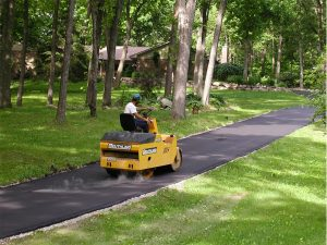 asphalt-paving-driveways