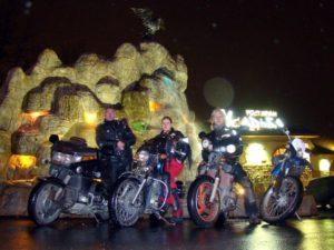 Honda Gold Wing, Honda Steed, Yamaha FZ400 и малыш Derbi - и как мы втроём на четырёх мотах ехали?)))