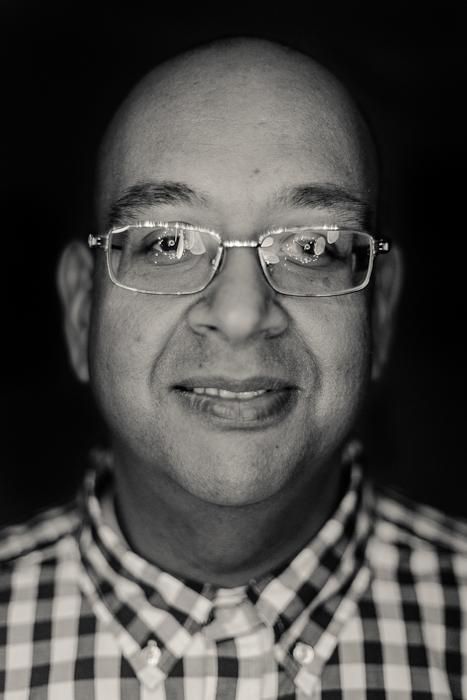 Portrait of Jyoti using his DIY ringlight