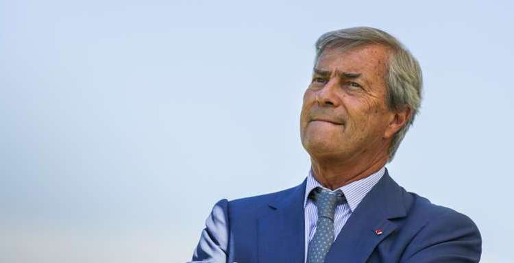 (FILES) In this file photo taken on June 26, 2017 French transport and media giant Bollore's President Vincent Bollore attends the presentation of the Bretagne Prize literary award on June 26, 2017 in Paris.  Billionaire French tycoon Vincent Bollore was detained on April 24, 2018 near Paris on suspicion of corruption over his group's acquisition of rights to operate ports in West Africa, legal sources told AFP. The 66-year-old CEO of the Bollore Group, which has interests in construction, logistics, media, advertising and shipping, was taken into custody as part of an investigation into the group's management of Lome port in Togo and Conakry port in Guinea, the sources said on condition of anonymity. / AFP PHOTO / Zakaria ABDELKAFI