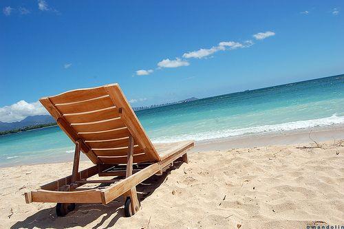 The idyllic Hawaiian beach, on Oahu.