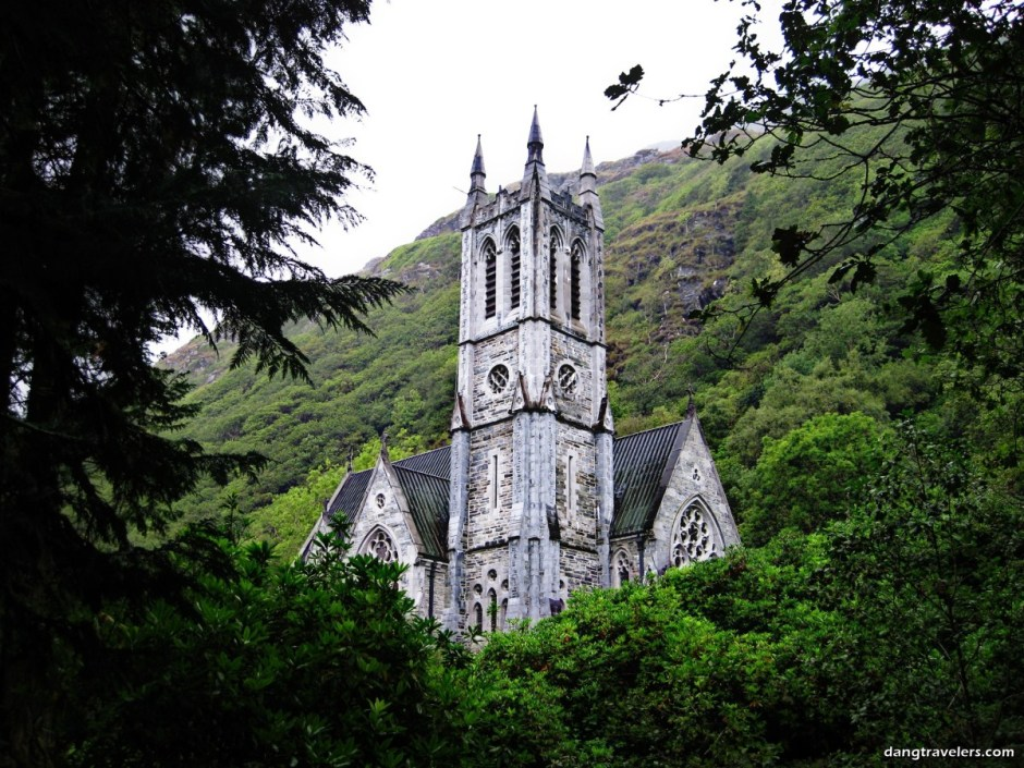 Kylemore Abbey - Ireland Photos